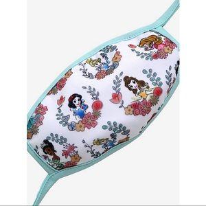 👸🏻NWT Disney Princess Laurel Wreath Face Mask